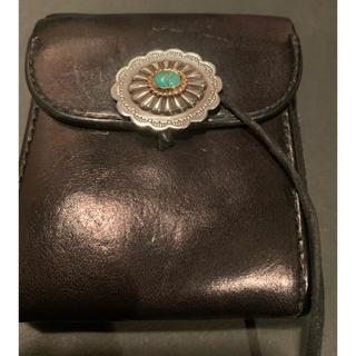 goro's - 金縄フラワーターコイズコンチョ付き 折りたたみ財布