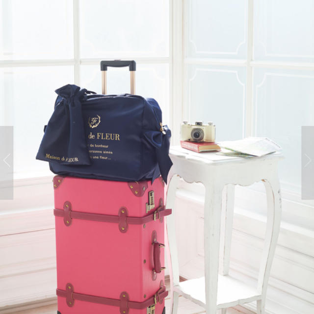 Maison de FLEUR(メゾンドフルール)のトラベルキャリーオンLバッグ レディースのバッグ(スーツケース/キャリーバッグ)の商品写真