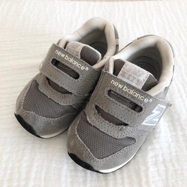 New Balance(ニューバランス)のニューバランス スニーカー 14.0 996 グレー キッズ 靴 キッズ/ベビー/マタニティのベビー靴/シューズ(~14cm)(スニーカー)の商品写真