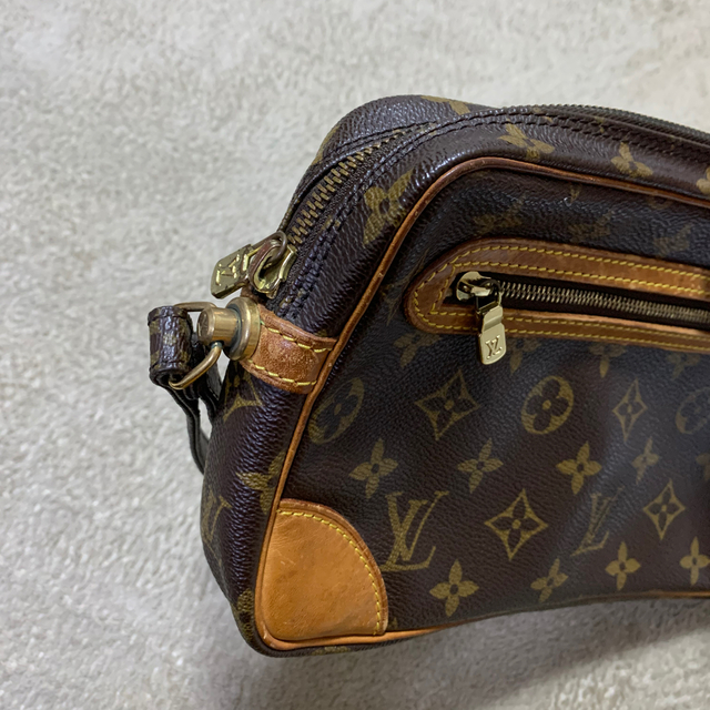 LOUIS VUITTON(ルイヴィトン)のLOUIS VUITTON セカンドバック メンズのバッグ(セカンドバッグ/クラッチバッグ)の商品写真