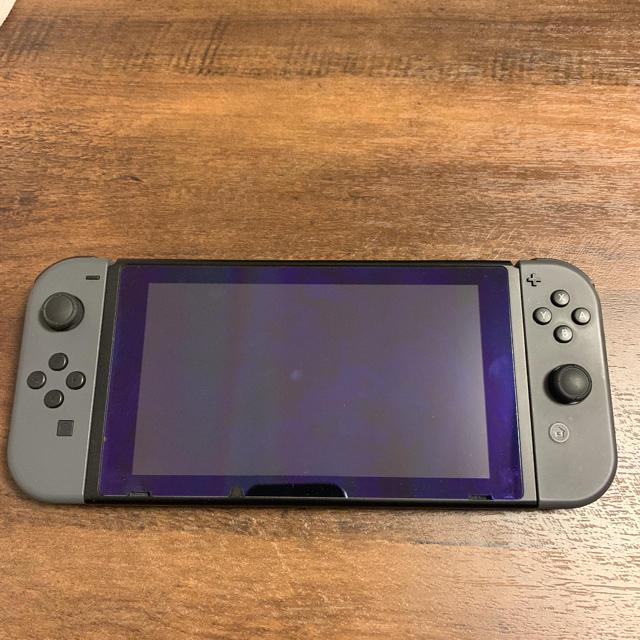 Nintendo Switch(ニンテンドースイッチ)のswitch、ワイヤレスコントローラー付き エンタメ/ホビーのゲームソフト/ゲーム機本体(家庭用ゲーム機本体)の商品写真