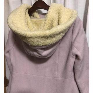 フランシュリッペ(franche lippee)のフランシュリッペ 大きめモコモコフードピンクラベンダー色のウールコート(ピーコート)