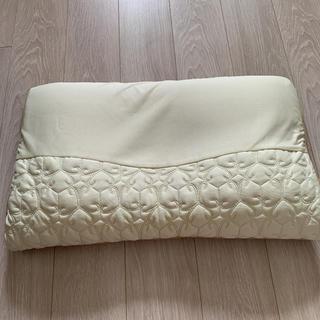 ニシカワ(西川)の東京西川産業の高級枕❣️(枕)