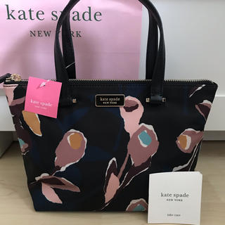 kate spade new york - 新品!ケイトスペード トートバッグ 花柄 ブラック 黒