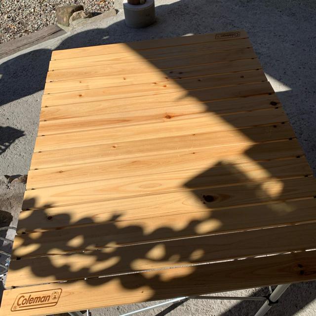 Coleman(コールマン)のコールマン ナチュラルウッドロールテーブル90センチ インテリア/住まい/日用品の机/テーブル(アウトドアテーブル)の商品写真