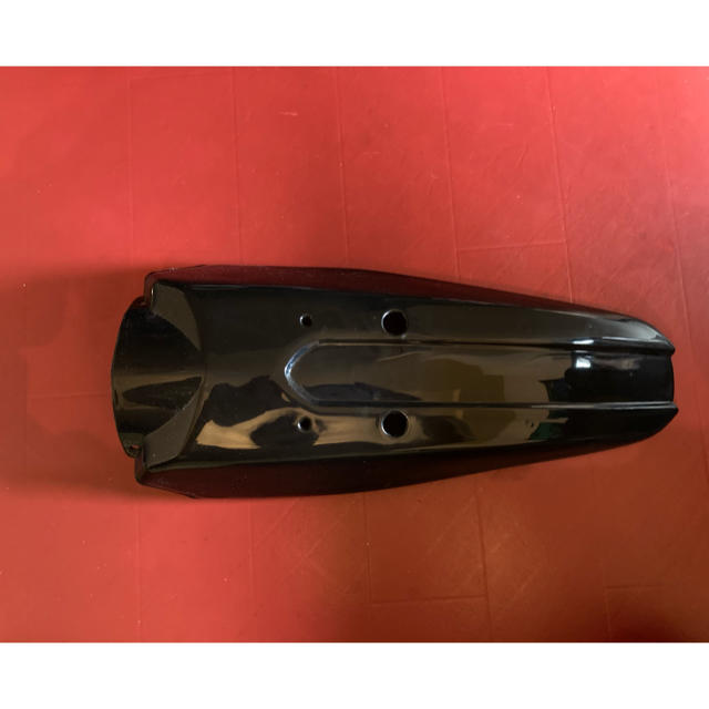 カワサキ(カワサキ)のKLX 250 ,dトラッカー 250 未使用リアフェンダー 自動車/バイクのバイク(パーツ)の商品写真