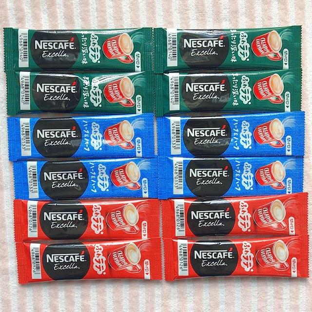 Nestle(ネスレ)のネスカフェ エクセラ スティック コーヒー 12本 食品/飲料/酒の飲料(コーヒー)の商品写真