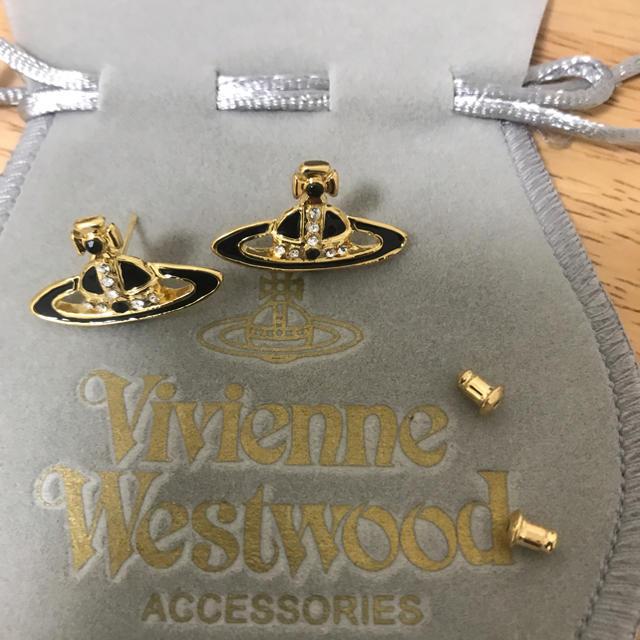 Vivienne Westwood(ヴィヴィアンウエストウッド)のピアス 黒 レディースのアクセサリー(ピアス)の商品写真