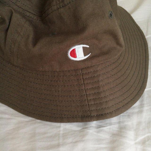 Champion(チャンピオン)の男女兼用 チャンピオン 帽子 キャップ ハット バケットハット カーキ 通年 メンズの帽子(ハット)の商品写真