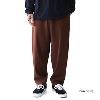 コモリ(COMOLI)の新品未使用 unfil wide tapered trousers(スラックス)
