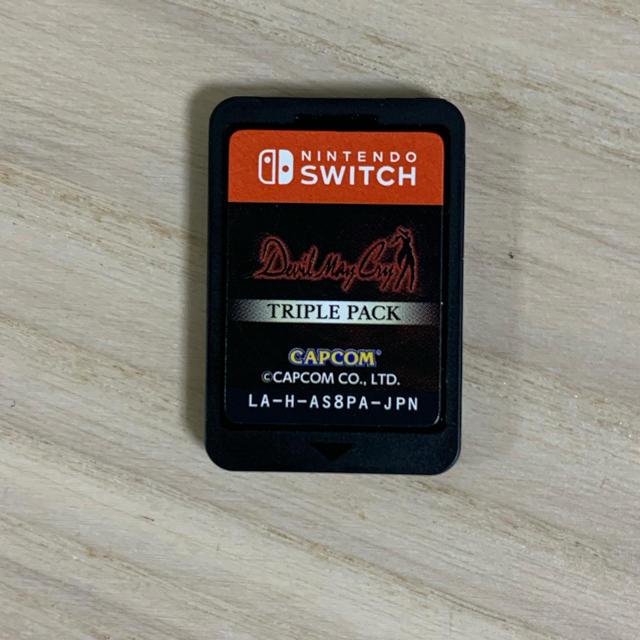 Nintendo Switch(ニンテンドースイッチ)のデビルメイクライ トリプルパック ソフトのみ ニンテンドースイッチソフト  エンタメ/ホビーのゲームソフト/ゲーム機本体(家庭用ゲームソフト)の商品写真