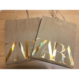 ザラ(ZARA)のZARA ショッパー 紙袋 金ロゴ ゴールド 2枚セット(ショップ袋)