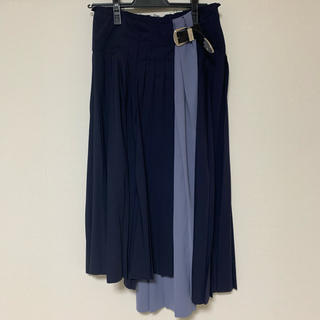 トーガ(TOGA)のTOGA PULLA/18AW/WOOL PLEATED SKIRT(ひざ丈スカート)