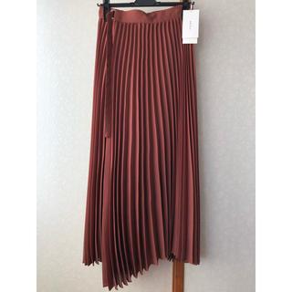 Mila Owen - 《新品タグ付き》ミラオーウェン タック風プリーツスカート
