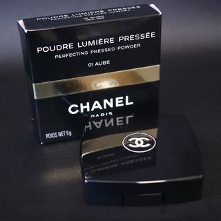 CHANEL - CHANEL プードゥル ルミエール プレッセ 01 AUBE