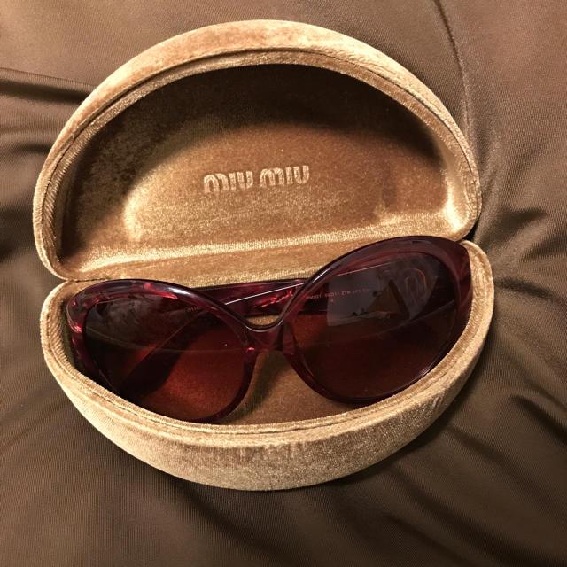 miumiu(ミュウミュウ)のmiumiu サングラス レディースのファッション小物(サングラス/メガネ)の商品写真
