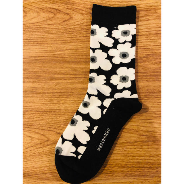 marimekko(マリメッコ)のmarimekko 靴下 2枚セット!! レディースのレッグウェア(ソックス)の商品写真