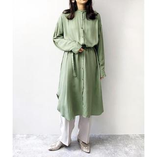 Mila Owen - 【新品タグ付き】 2020新作 レーヨンバンドカラーシャツワンピース【グリーン】
