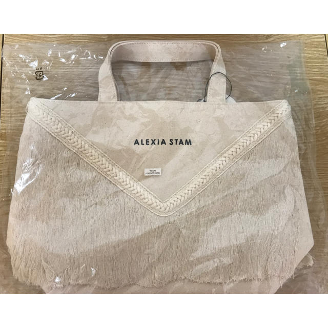 ALEXIA STAM(アリシアスタン)の新品未使用 アリシアスタン Vフリンジミディアムトート レディースのバッグ(トートバッグ)の商品写真