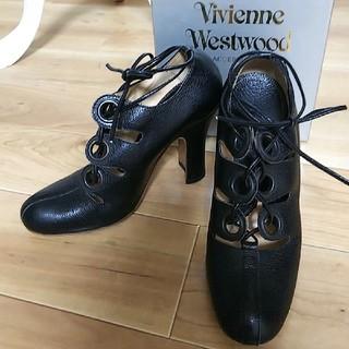 ヴィヴィアンウエストウッド(Vivienne Westwood)のVivienne Westwood 美品 黒 本革 パンプス 箱付き サイズ39(ハイヒール/パンプス)