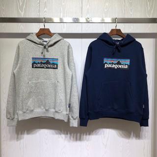 パタゴニア(patagonia)の新品 Patagonia フード付き  XLサイズ  ブルー+グレー  (パーカー)