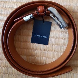 BURBERRY - バーバリー 牛革ベルト