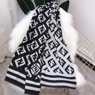 FENDI - ファッションマフラー ショールFENDIフェンディ03