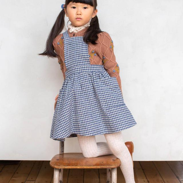 Caramel baby&child (キャラメルベビー&チャイルド)のsoor ploom エプロンワンピース 6y キッズ/ベビー/マタニティのキッズ服女の子用(90cm~)(ワンピース)の商品写真