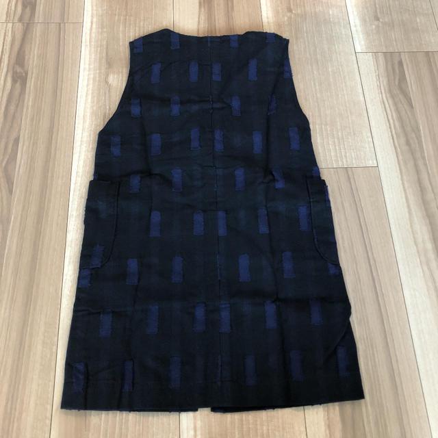 新品未使用 ジャンパースカート ネイビー 100 キッズ/ベビー/マタニティのキッズ服女の子用(90cm~)(スカート)の商品写真