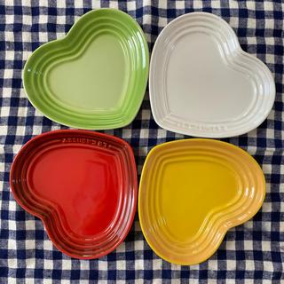 ルクルーゼ(LE CREUSET)のルクルーゼ ハート型のお皿4枚セット プレート(食器)