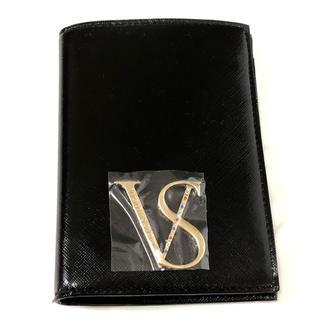 ヴィクトリアズシークレット(Victoria's Secret)の【これ以上お値下げできません】まもなく出品削除★即購入大歓迎★パスポートケース★(パスケース/IDカードホルダー)