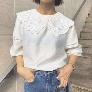 Ameri VINTAGE - 新品タグ付 EMBROIDERY COLLAR BLOUSE 白 アメリ