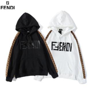 フェンディ(FENDI)のFENDIフェンディパーカーユニセックス長袖★2枚14000円★(ニット/セーター)