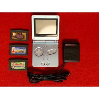 ゲームボーイアドバンス(ゲームボーイアドバンス)のゲームボーイアドバンスSP 本体 ゲームソフト3個 充電器付き(携帯用ゲーム機本体)