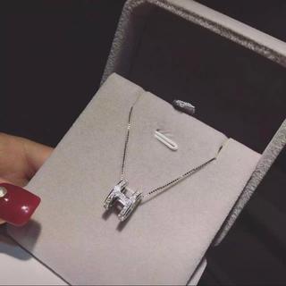 ハリーウィンストン(HARRY WINSTON)の【高品質】レディース H字モチーフ 最高級人工ダイヤモンド ネックレス(ネックレス)