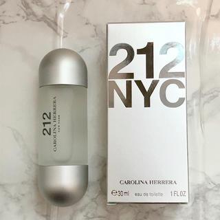 CAROLINA HERRERA - 新品 キャロライナ ヘレラ 212  30ml 未使用 香水 安室奈美恵