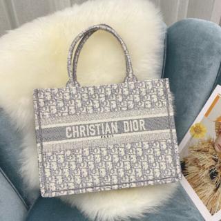 Christian Dior - 特価Christian Dior クリスチャン ディオール ブック トートバッグ
