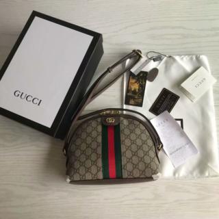 Gucci - GUCCIグッチ GGログ ショルダーバッグ
