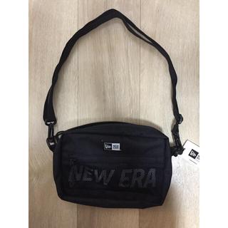 ニューエラー(NEW ERA)のnewera ニューエラ ショルダーポーチ 2L ブラック(ショルダーバッグ)