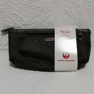 トゥミ(TUMI)の(新品·未使用) TUMI ポーチ トラベルポーチ JAL(旅行用品)