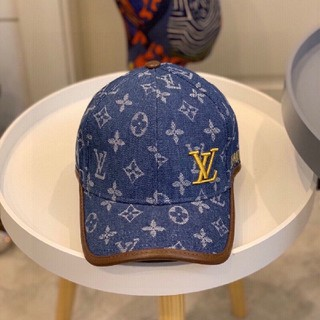 LOUIS VUITTON - キャップ