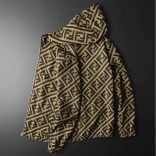 FENDI - FENDI フェンディ初秋のコート着やせ