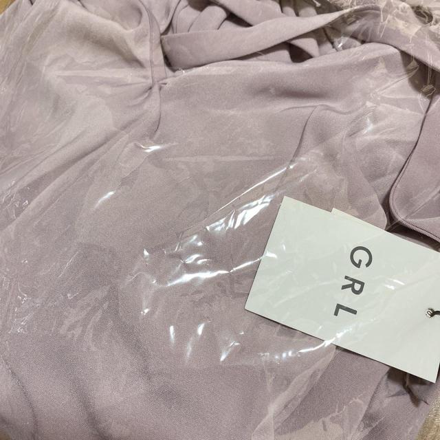 GRL(グレイル)の前後2WAYリボンフリルカラーサテントップス レディースのトップス(シャツ/ブラウス(半袖/袖なし))の商品写真
