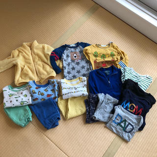 ユニクロ(UNIQLO)の80cm   まとめ売り パジャマ 保育園、公園用 ♡(Tシャツ)