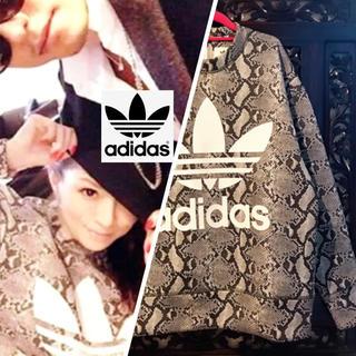 adidas - アディダス パイソン柄 スウェット あゆ着用 トレーナー へび柄 ML ジャージ