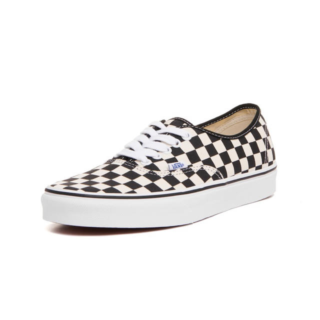 VANS(ヴァンズ)の【VANS】Authentic black checker スニーカー メンズの靴/シューズ(スニーカー)の商品写真