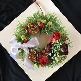 ソープフラワーのクリスマスリース ホワイトリボン