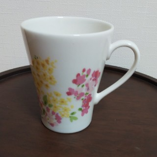 LAURA ASHLEY - LAURAASHLEYマグカップ