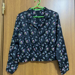 ジュエティ(jouetie)のJouetie 刺繍シャツ(シャツ/ブラウス(半袖/袖なし))
