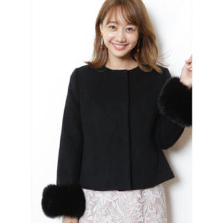 JUSGLITTY - JUSGLITTYファー付きショート丈コート
